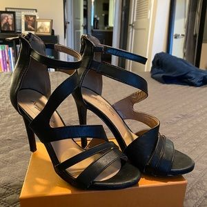 ANNE MICHELLE Black Leather Heeled Sandals